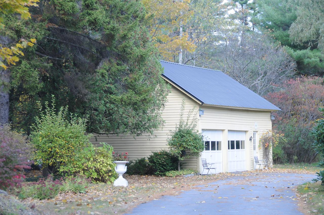 WARNER - OLD HOSE HOUSE STATION (GARAGE IN REAR)